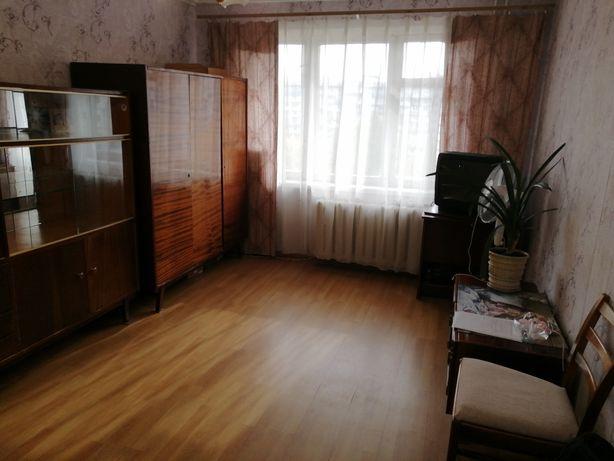 Сдам квартиру возле м. Оболонь, (Минская). БЕЗ РИЕЛТОРОВ.
