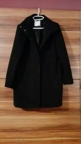 Czarny płaszcz MANGO roz. M