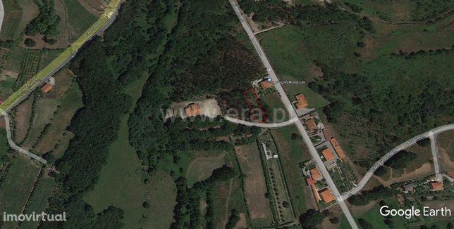 Terreno de construção com 806 m2 em Estorãos