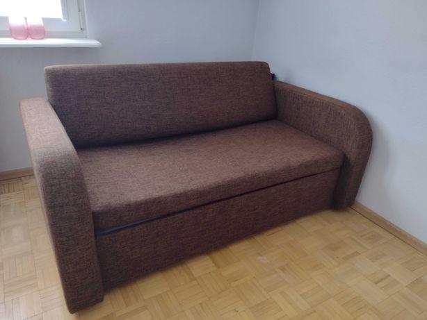 Sofa rozkładana z pojemnikiem
