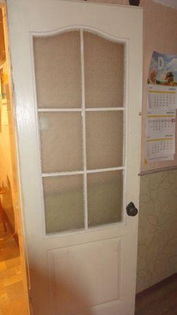 Двери деревянные со стеклом