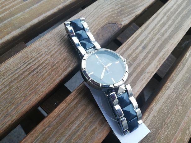 Relógio NOVO, Elegante e Moderno