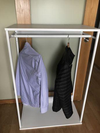 Cabide / estante Ikea