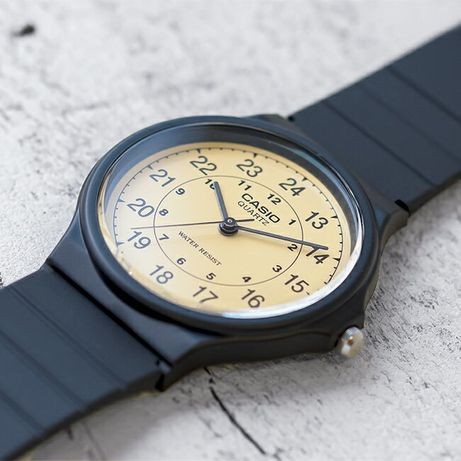 Наручные часы мужские Casio MQ24-9B Classic Analog Watch