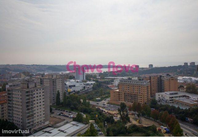 JP - T5 Duplex Avenida da Boavista Porto