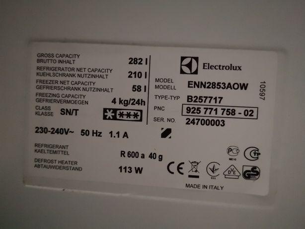 Półki szuflady Lodowka elektrolux enn2853aow