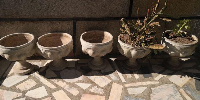 5 vasos com pé - em cimento