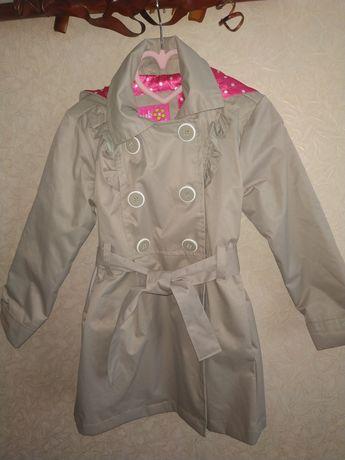 Плащ,куртка,пороховик р.4-5 рочки