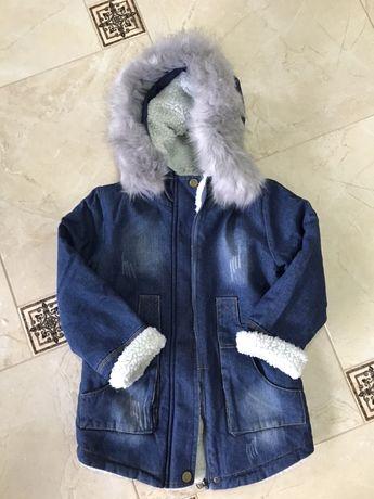 Джинсовая куртка парка на меху меховушка