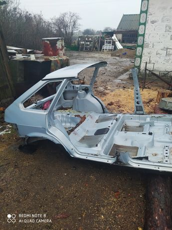 Продам часть кузова на ВАЗ 2109