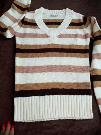 Sweter paski
