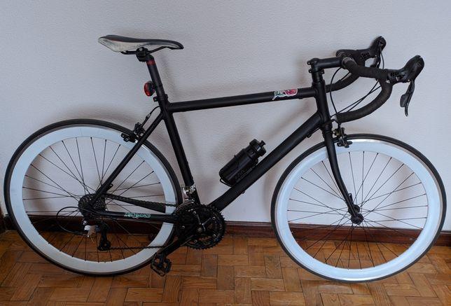 Bicicleta Triban 300 Custom Made
