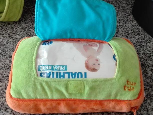 Conjunto mochila, bolsa e bolsa toalhitas