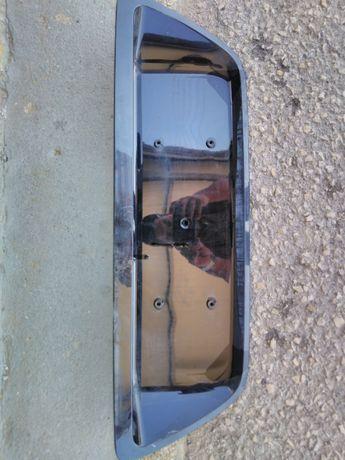 Base matricula trás Mercedes Benz (W203)