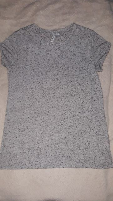 Koszulka szara z czarnymi drobnymi kropkami