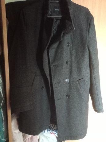 Пальто чоловіче чорне класичне