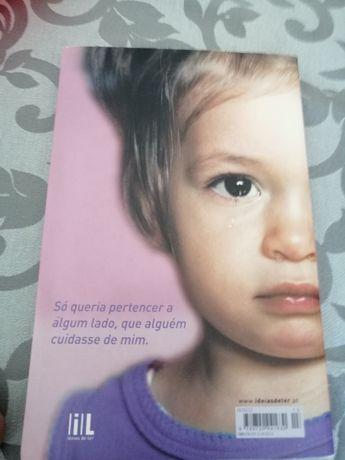 Livro Abanfonada