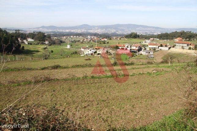 Terreno em Airó, Barcelos