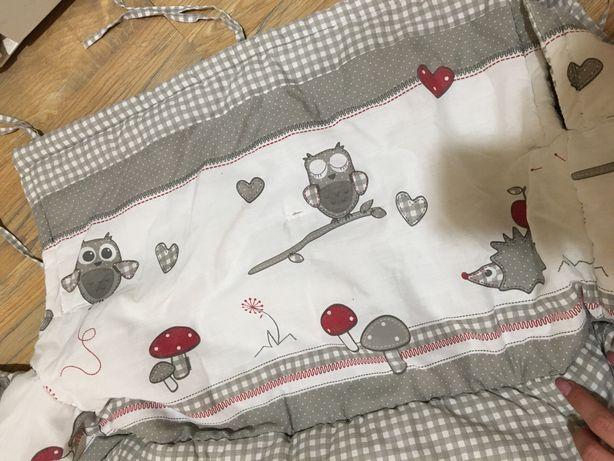 Бортики в круглу кроватку ,защита в кроватку,балдахін +тримач ,бортики