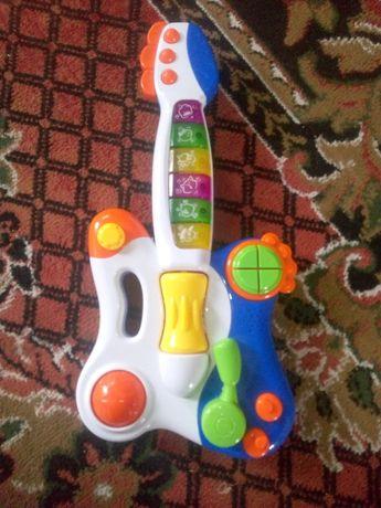 фирменная гитара