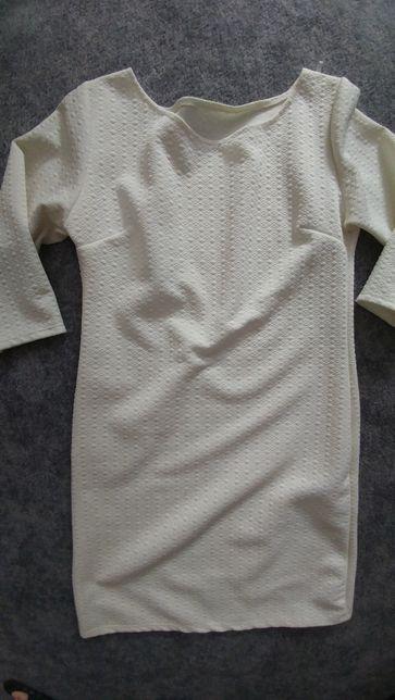 Sukienka ecru tłoczona Rękaw 3/4 rozmiar XS/S