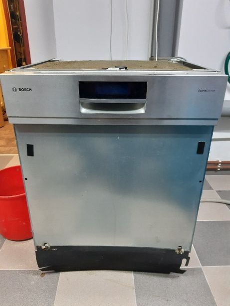 Zmywarka Bosch SMI69TO5 EU/01 wyświetla błędy E15 i grzaniem wody