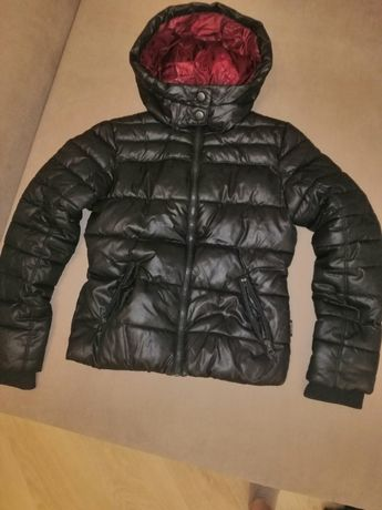Продам деми куртку C&A на девочку