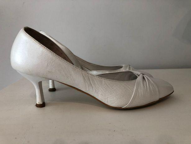 Buty skórzane białe np. Do ślubu