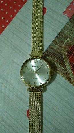 Nowy, gustowny zegarek damski