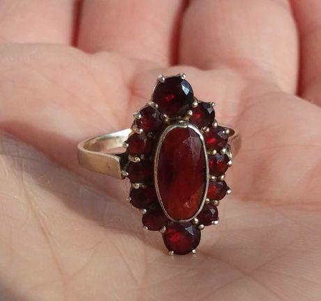 Кольцо старинное серебро  Богемский Гранат пироп