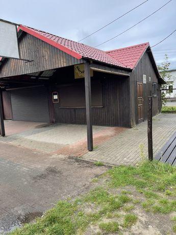 Drewniany budynek do robiórki za materiał