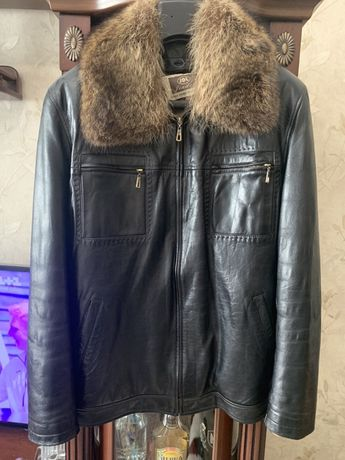 Куртка новая кожаная 50размер