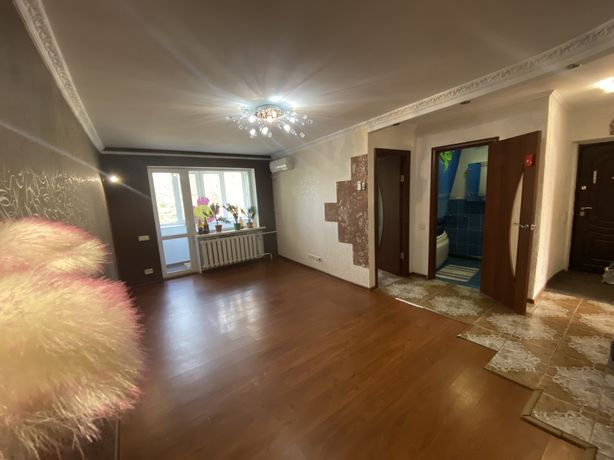 """Продается 3х комнатная квартира с ремонтом на жилмассиве """"Западный"""" на"""