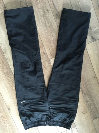 Spodnie dresowe Reebok w rozmiarze M