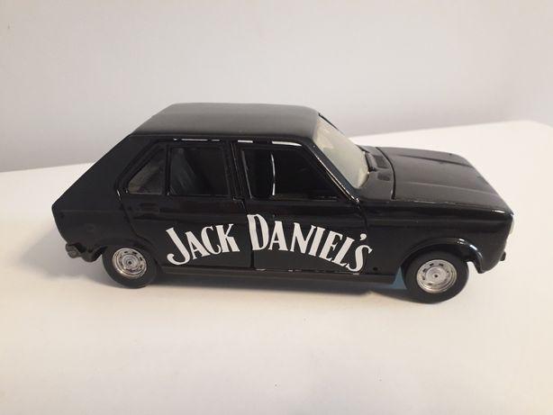 Stary model auta skala 1:25 polistil peugeot 104 jack daniels