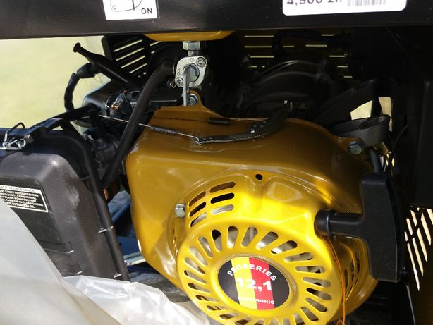 agregat prondotworczy generator pradu 400v oraz 230v 6700watt nowy