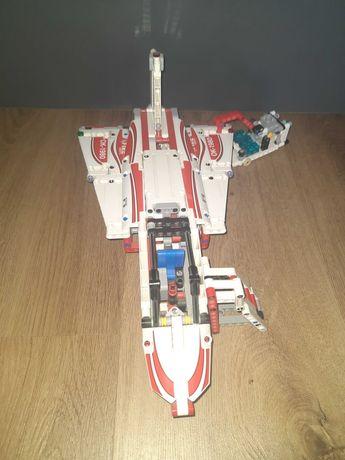 LEGO Technic 42040 samolot strażacki 2w1