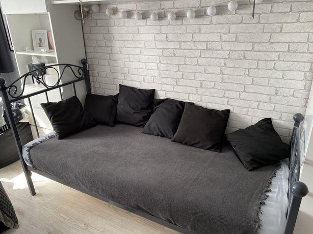 Metalowe łóżko 180x80