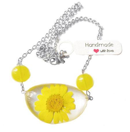 Naszyjnik z żółtym kwiatem w żywicy stal nierdzewna