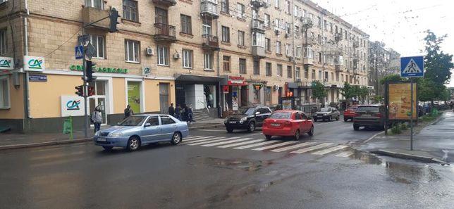 236795 N3 Продам офисное помещение в центре, м.Архитектора Бекетова
