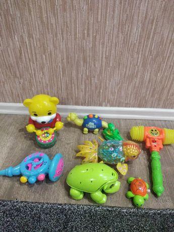 Машинки и музыкальные игрушки