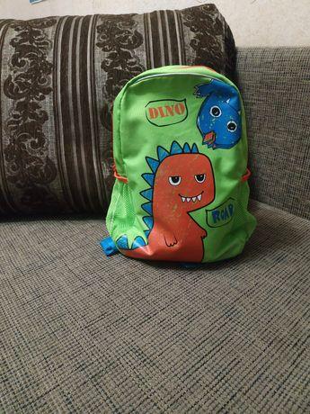 Детский фирменный рюкзак Demix