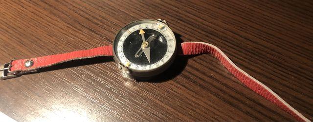 Редкий советский наручный компас