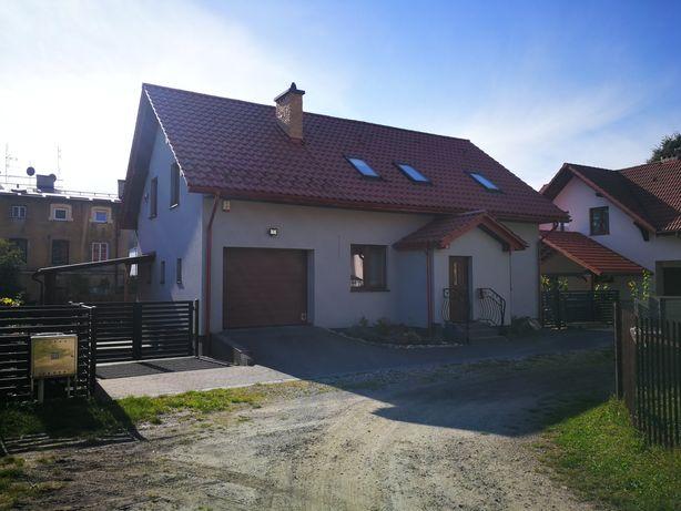 Zamienię dom w Jaroszowcu na mieszkanie w Jaroszowcu z dopłatą
