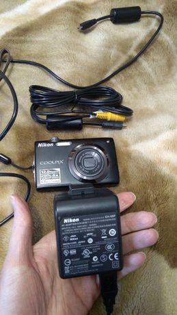 Фотоаппарат Nikon Coolpix S3000