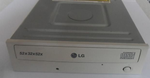 CD привод LG пишущий - IDE