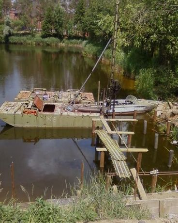 Забивка свай на воде, мосты, укрепление фундамента.