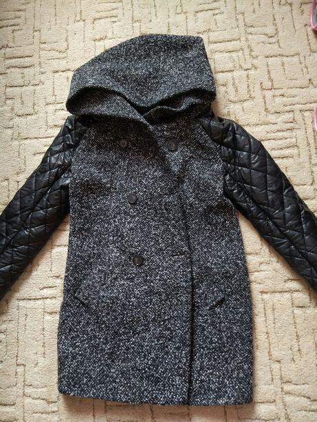 Пальто деми.XL