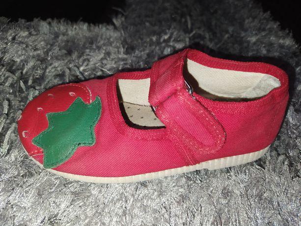 Сандали чешки сандалии для доченьки!