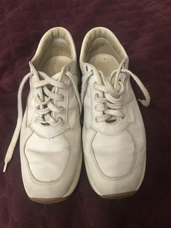 Кросівки, кеди